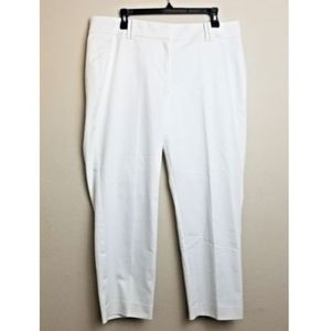 ANN TAYLOR NWT Signature Pants White Size 12 Crop